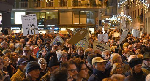 Tornano le Sardine nelle piazze venete: la mobilitazione in occasione dei comizi di Salvini