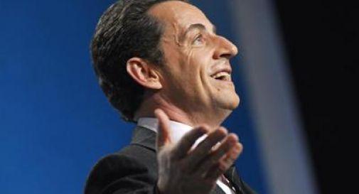 Francia, il ritorno di Sarkozy frena Marine Le Pen. Valls chiede appoggio Ump al ballottaggio