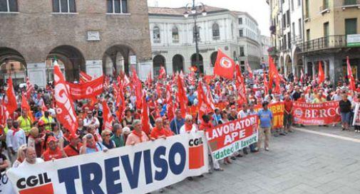 Primo maggio: sindacati e imprenditori in piazza. Insieme