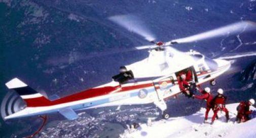 Alpinista precipita e muore durante arrampicata