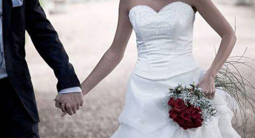 Coppia in viaggio di nozze svaligia duty free