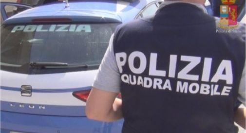 Armi e un milione di euro di refurtiva: smantellata pericolosa banda di ladri
