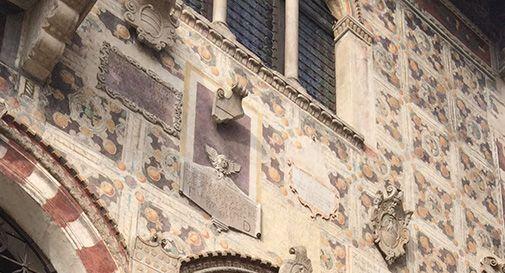 Il museo del Cenedese perde pezzi: pietra si stacca e sfiora un passante