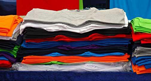 Il boom delle magliette personalizzate: una moda che non conosce crisi