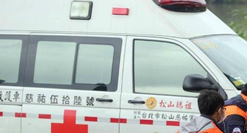 Taiwan, brucia palazzo di 13 piani: almeno 22 morti