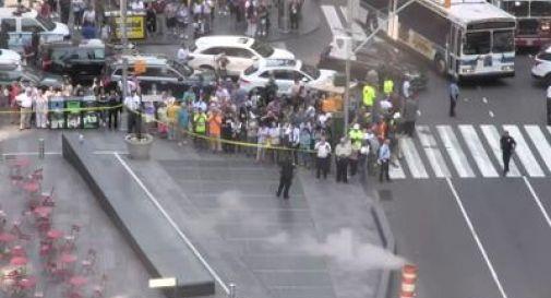 New York, auto su folla: muore una ragazza, 22 feriti