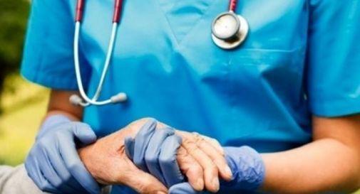 L'esodo degli infermieri verso gli ospedali mette in crisi le case di riposo