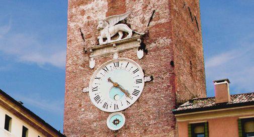 La storia dell'orologio della Torre civica presentata in un convegno a Parenzo