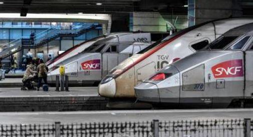 Coronavirus, fuga da Parigi: assalto ai treni