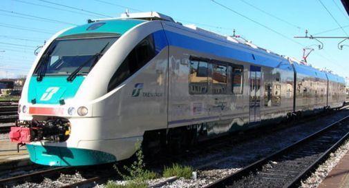 Una bomba ferma i treni, ma è finta