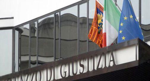 Minaccia e rapina con video hard, condannato a Treviso