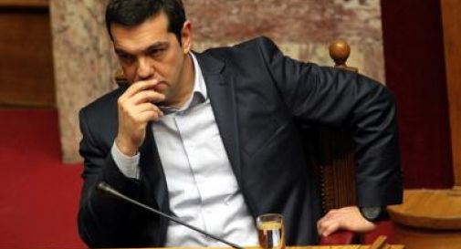 Ore decisive per la Grecia, Tsipras illustra il nuovo piano per Atene