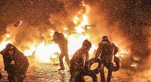 Ucraina, almeno 25 morti a KievAssalto della polizia alla piazza