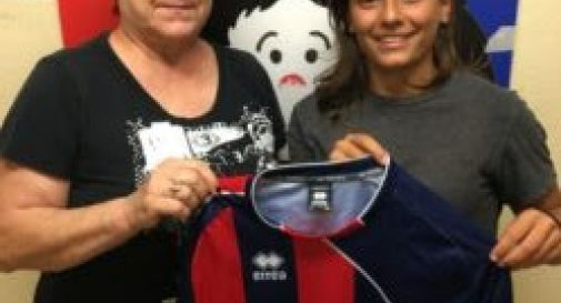 Francesca Molinaro con la presidente rossoblù Patrizia Ferro