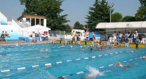 Bimbo rischia di annegare in piscina salvo grazie ai bagnini oggi treviso news il - Piscine santa bona ...