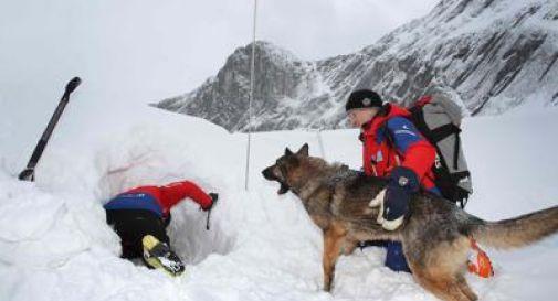 Ancora valanghe, un morto e un ferito in Valle d'Aosta