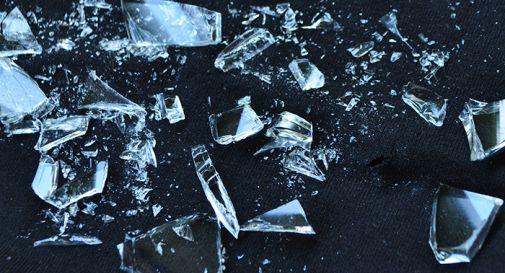 Bottiglia di vodka le si infilza nel linguine, 18enne muore dissanguata