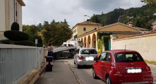Auto in colonna