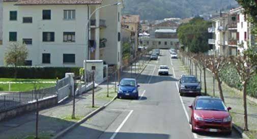i parcheggi di via Tandura restano a pagamento