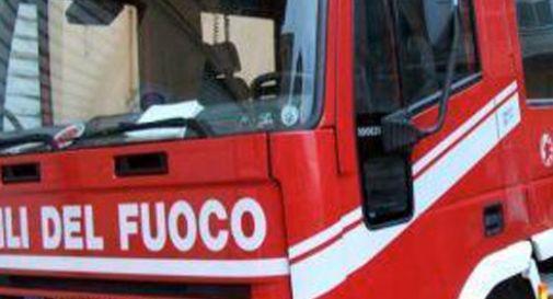 Ragazzo incastrato nel tapis-roulant, lo liberano i pompieri