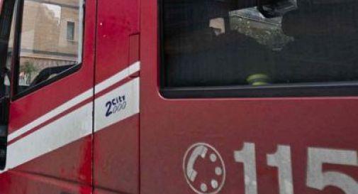 Bus in gita si schianta contro tir, 21 feriti