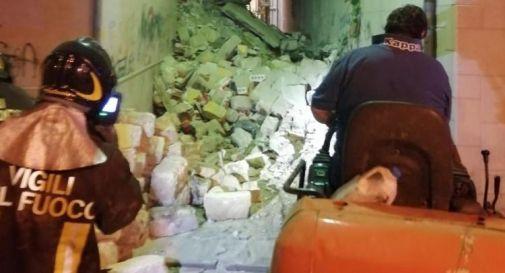 Crolla palazzina per una fuga di gas: 3 feriti