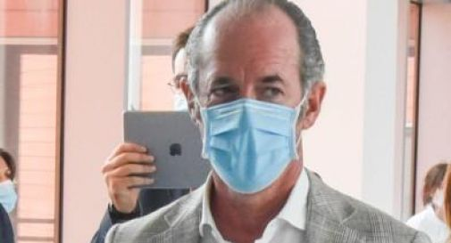 Luca Zaia con mascherina
