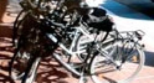 DEPOSITO DI BICICLETTE RUBATE IN SOFFITTA