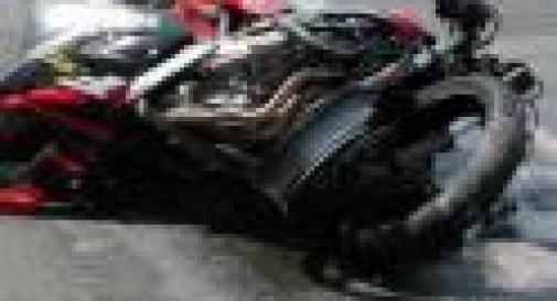 INCIDENTE A BIGOLINO, GRAVE MOTOCICLISTA DI 37 ANNI