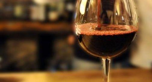 Alcol: bufera su campagna Regione Sicilia, 'sessista e di cattivo gusto'.