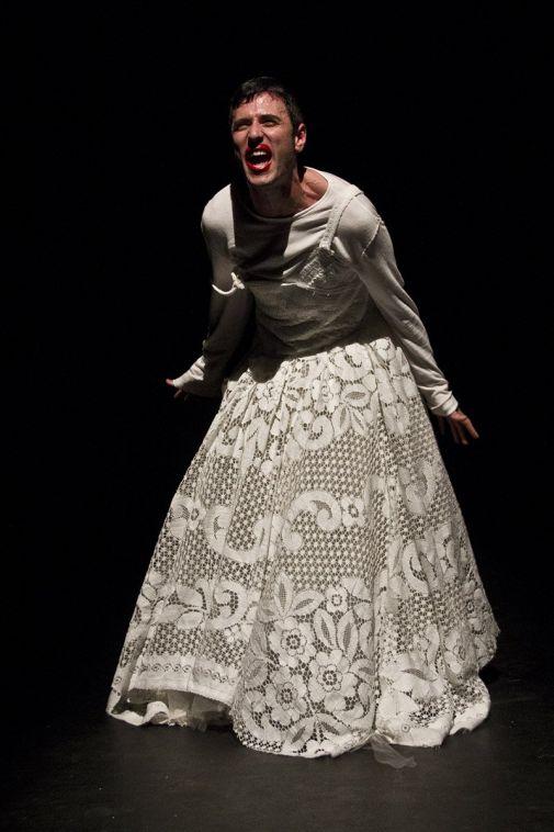 Risultati immagini per Io, mai niente con nessuno avevo fatto uno spettacolo di Vuccirìa Teatro